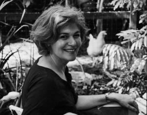 Writing Mothers: Debra Adelaide